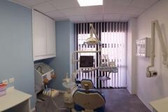 Progettazione-ufficio-studio dentistico con poltrona